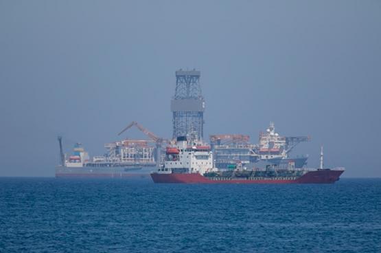 """تمهيدا للتنقيب.. سفينة تركية في طريقها إلى """"شرق المتوسط"""""""
