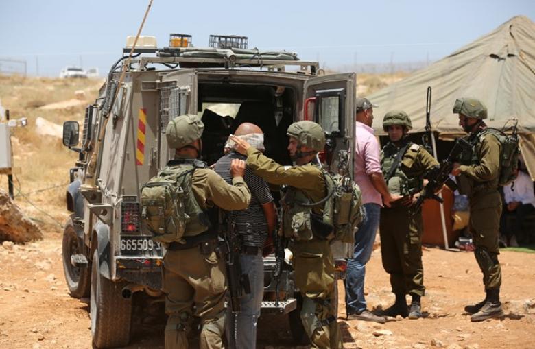 القناة 12: أجهزة أمن إسرائيلية وفلسطينية تعمل لإحباط العمليات