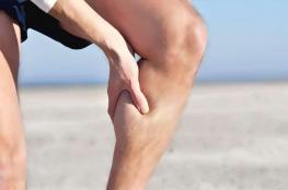 كيف يحدث تشنج العضلات؟