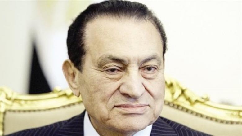 تحققا بعد وفاته.. تعرف على وصية مبارك لأولاده ووعد قطعه على نفسه