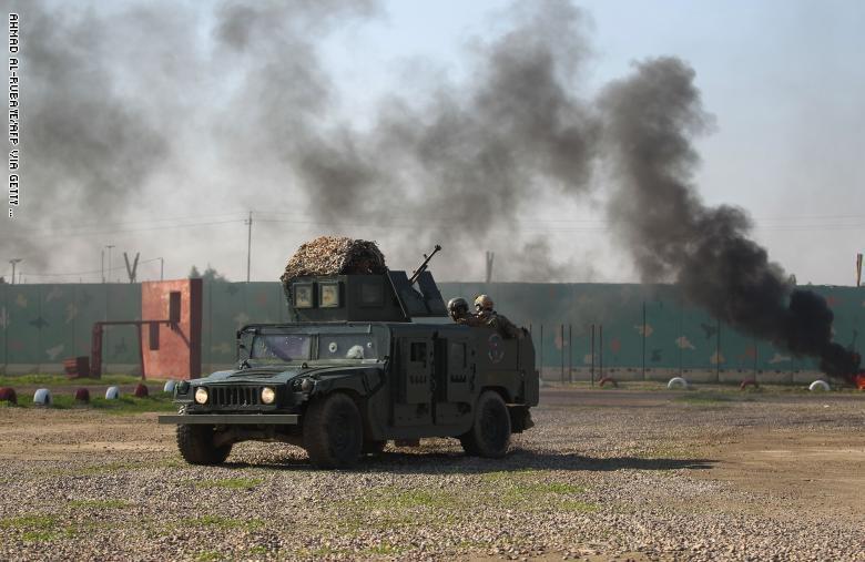 إصابات في سقوط صواريخ على قاعدة عسكرية في بغداد