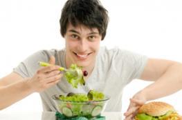 تعرف على النظام الغذائي المناسب للرياضيين