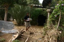 """سكان """"وادي غزة"""" يعيشون على وقع الفيضان"""