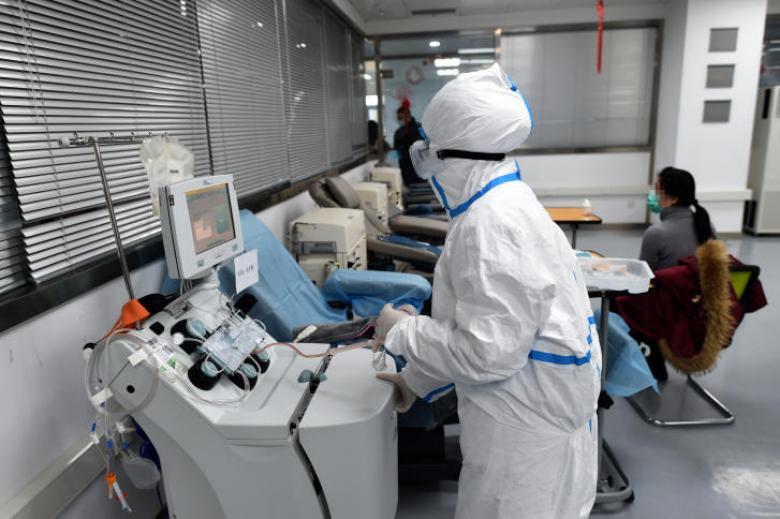 إيران تعلن تسجيل أول حالتي إصابة بفيروس كورونا