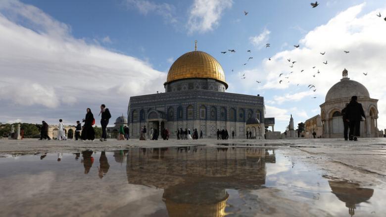 موقف مصري رسمي حول حرق إسرائيليين مسجدا بالقدس
