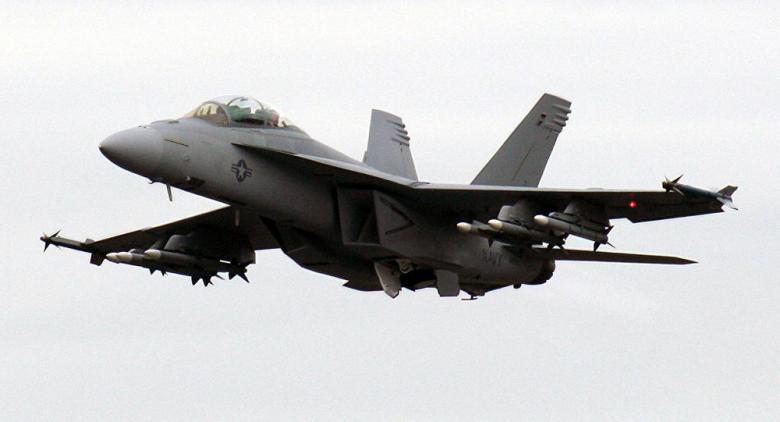 """مقاتلة إسبانية ترتكب خطأ كارثيا بمناورات """"الناتو"""""""