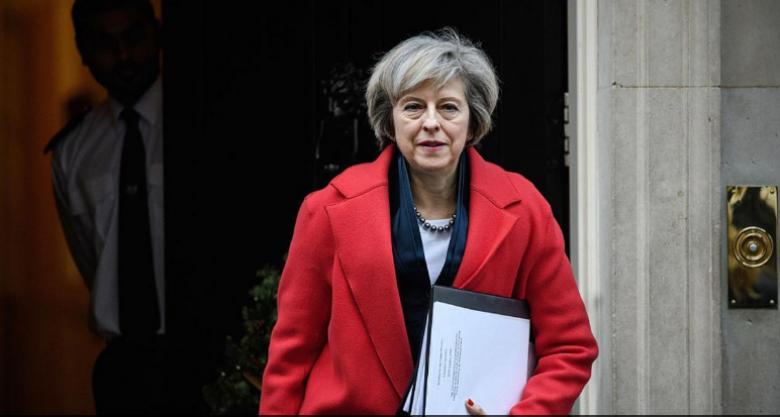 """بريطانيا تدافع عن """"إسرائيل"""" وتنتقد كيري"""