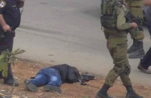 صور: اطلاق النار على الشهيد الجعبري منفذ عملية الطعن بالخليل