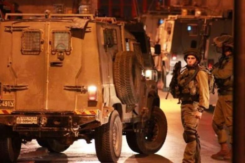 الاحتلال يعزل بلدة عزون شرق قلقيلية