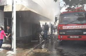 اندلاع حريق بمخزن في غزة والدفاع المدني يحاول السيطرة