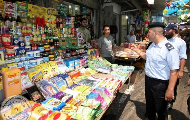 شرطة بلديات رفح تنهي خلافاً بين تجار