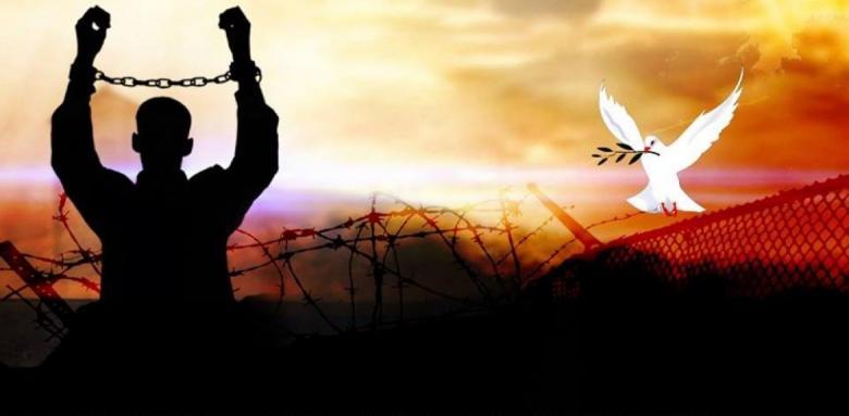 محكمة الاحتلال تصدر أحكاماً بحقّ أربعة أسرى