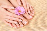 وصفات طبيعية لتفتيح بشرة القدمين