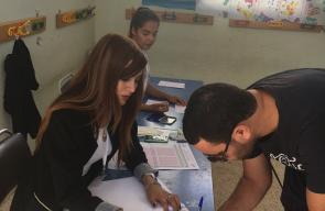 التونسيون يواصلون الإدلاء بأصواتهم لاخيار رئيسهم الجديد