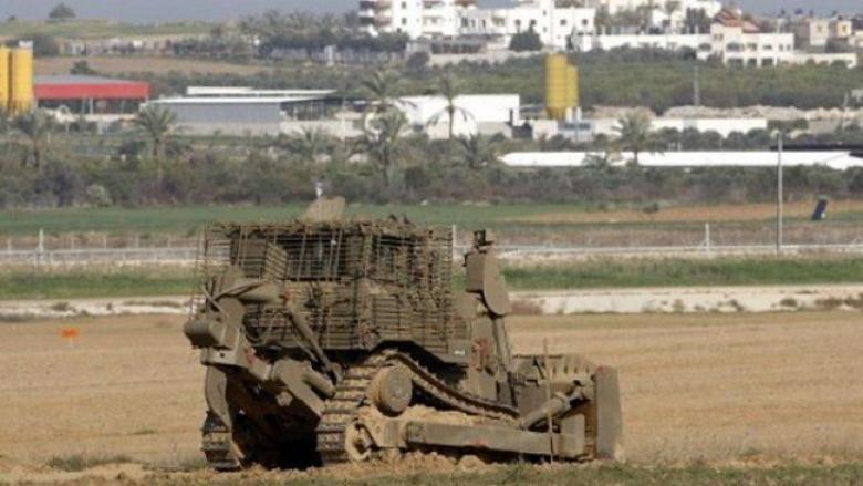 جرافات الاحتلال تتوغل في شمال القطاع