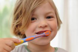 الأسنان الطباشيرية.. مرض غامض يؤرق الأطفال والمراهقين