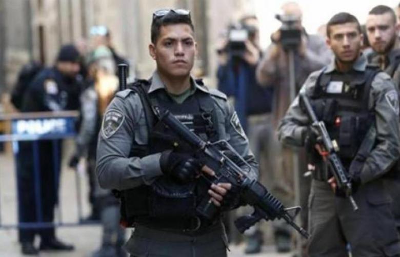 الاحتلال يعتقل شابين أثناء خروجهما من المسجد الأقصى