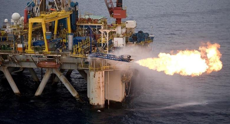 توقيع اتفاقيتين لشراء ونقل الغاز الجزائري إلى إيطاليا
