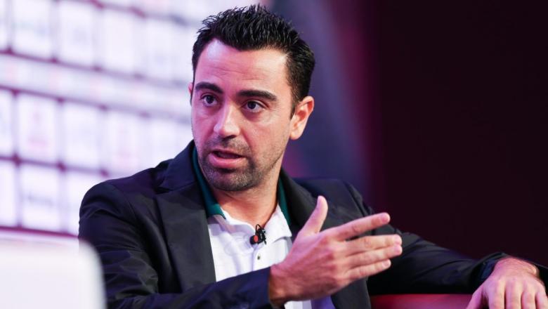 تشافي يعطي موافقته على تعاقد برشلونة مع صفقتين ناريتين