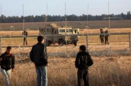 الاحتلال يعتقل 3 فلسطينيين تجاوزا السياج الفاصل شمال القطاع