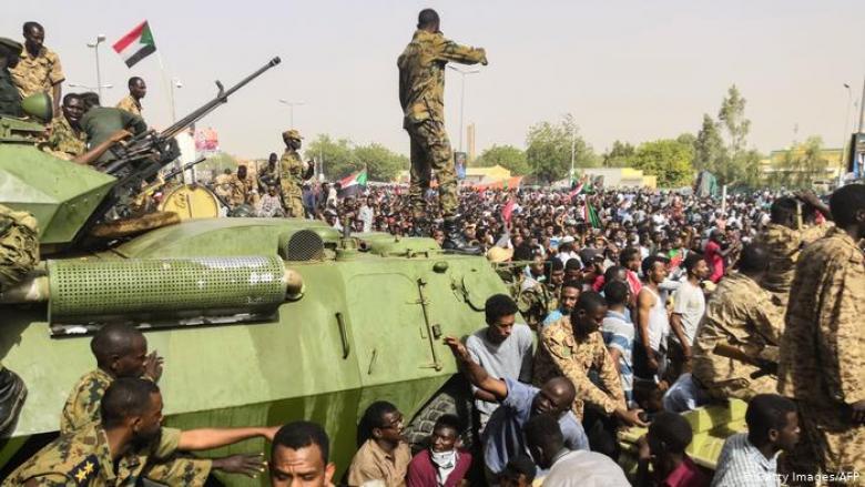 وجهة نظر: لا مستقبل للدكتاتوريات العسكرية!