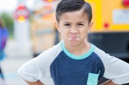 احذر 11 خطأ تربويا قد تدمر شخصية طفلك