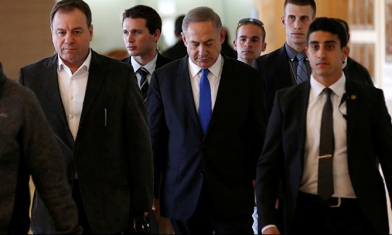 """تظاهرات في """"تل أبيب"""" للتسريع بتقديم لائحة اتهام ضد نتنياهو"""