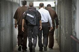 """الاحتلال ينقل أسرى """"عصيون"""" إلى سجون أخرى"""