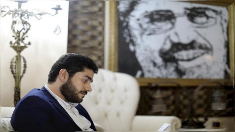 هكذا وصف عبد الله نجل مرسي لحظات وفاة والده وحياته بالسجن