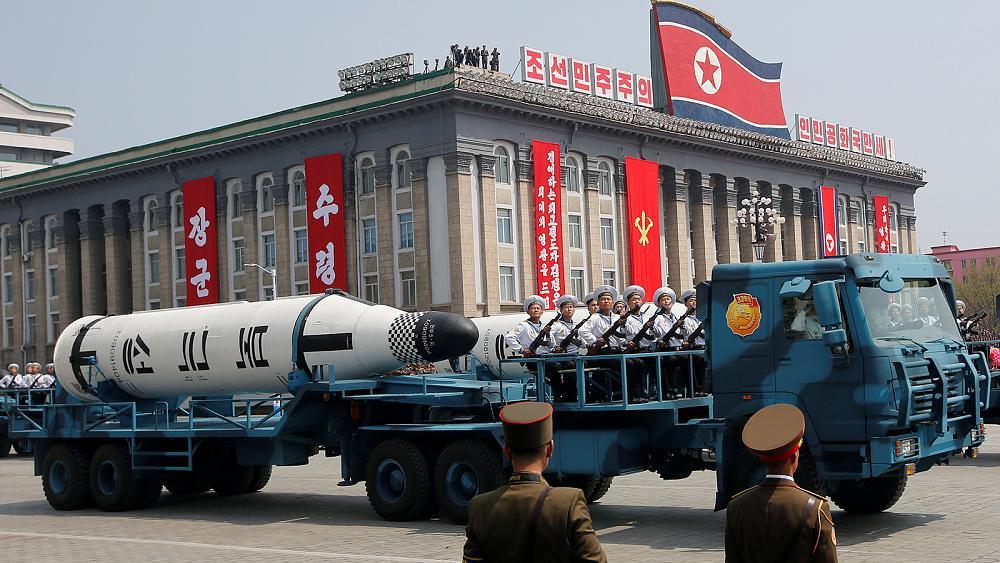 إشادة استثنائية بعلماء الدفاع في كوريا الشمالية