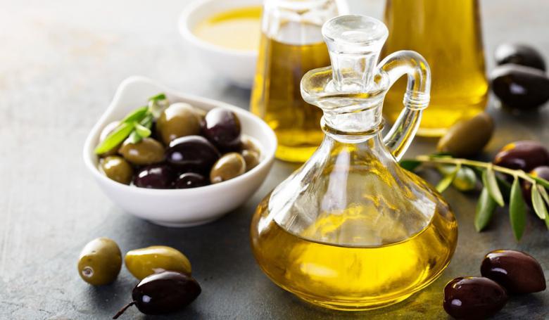 زيت الزيتون يساعد في منع تجلط الدم
