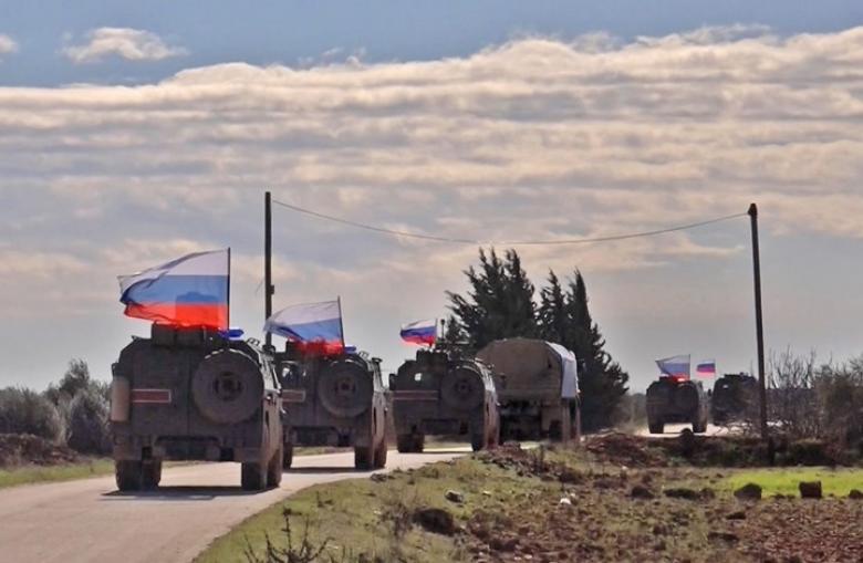 """ماذا يدور بين روسيا وتركيا وأمريكا بشأن """"منبج"""" السورية؟"""
