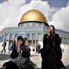 """القدس: آلاف المصلين يصدحون """"هيّة هيّة هيّة القدس عربية"""""""