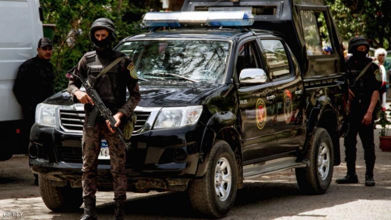 مقتل عناصر من الشرطة المصرية بهجوم في الجيزة