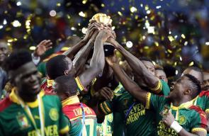 لحظات تتويج الكاميرون بنهائي كأس أفريقيا