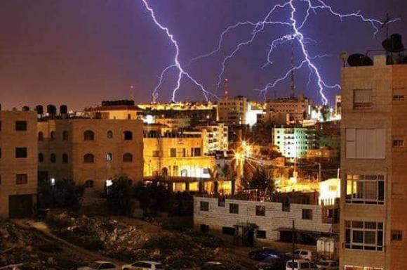 برق وأمطار وعدم استقرار جوي بالضفة المحتلة