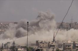 مقتل العشرات بغارات على حلب وإدلب وقصف داريا