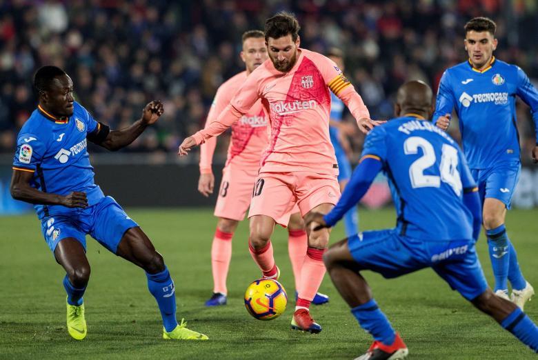 بالأرقام: ميسي يتفوق على ريال مدريد بأكمله بالليغا
