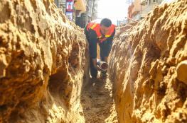 بلدية خان يونس تمدد شبكات لــ9 مناطق وتجري أعمال صيانة لــ 480 خط مياه