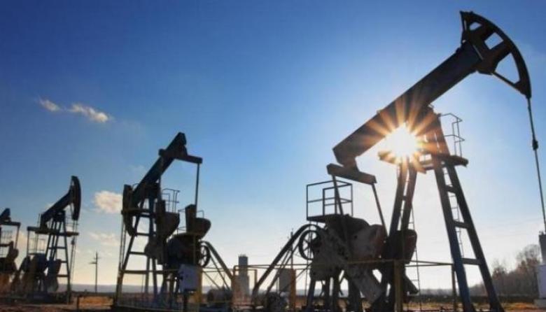 النفط يهبط