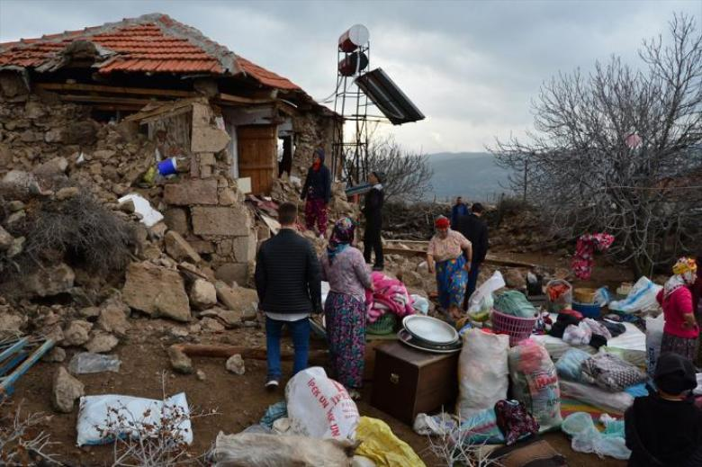 زلزال يضرب ولاية جناق قلعة بإسطنبول