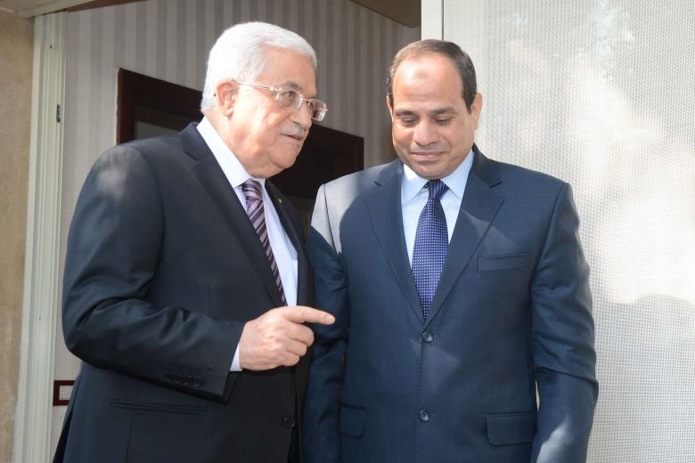 """""""عباس"""" يغادر القاهرة بعد زيارة استغرقت يومًا واحدًا"""