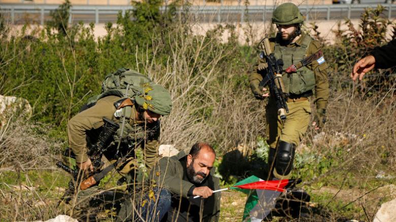 """الاحتلال يستنفر قواته بالضفة بعد تسريبات لبنود """"صفقة القرن"""""""