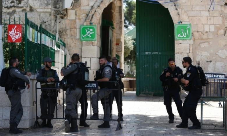 الاحتلال يعرقل دخول المصلين وطلبة العلم إلى الأقصى