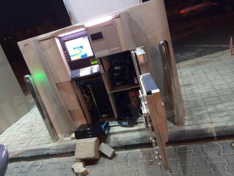 تفجير ماكينة صراف آلي وسرقة 14500 دولار في بانكوك