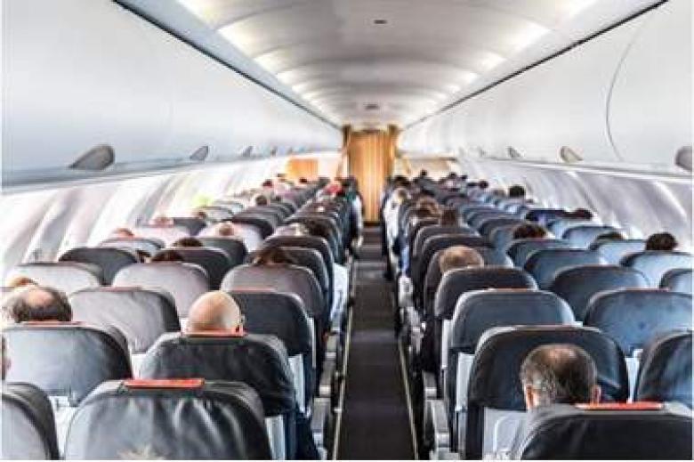 اعتقال طيار أمريكي بتهمة قتل ثلاثة أشخاص