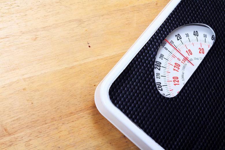 لماذا ينصح بعدم استخدام الميزان لمعرفة وزنك؟