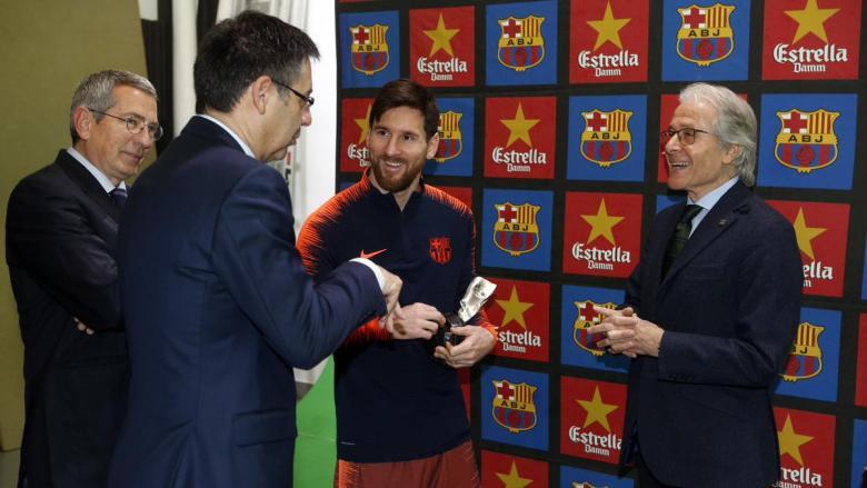 بأوامر ميسي.. برشلونة يرصد صفقة نارية من فريق ألماني