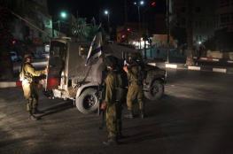 الاحتلال يصادر 48 ألف شيقل من عائلة أسير بالخليل