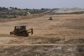 الداخلية تشرع بتنفيذ مرحلة جديدة على الحدود مع مصر